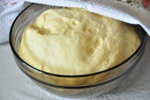 Ставим тесто в духовку