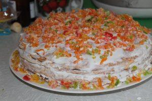 Украшаем торт мармеладом