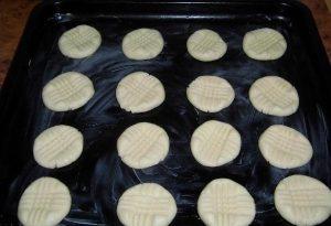 Делаем узор на печенье