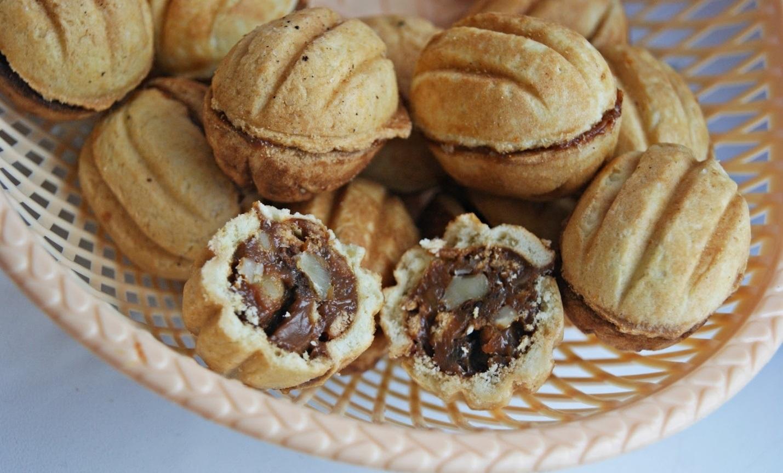 Как сделать тесто для орешков в орешнице