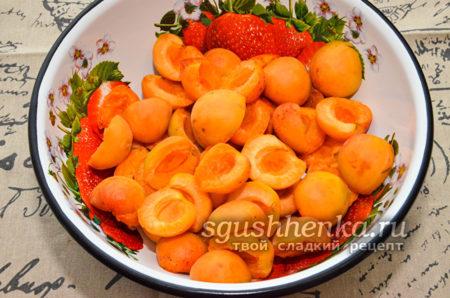 абрикосовые половинки без косточек
