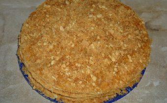 Готовый торт Медовик со сгущенкой