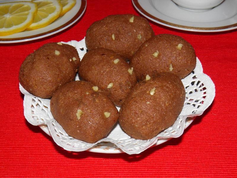 Пирожное Картошка из сухарей со сгущенкой