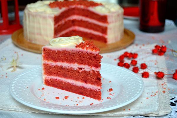 Яркий десерт без красителя