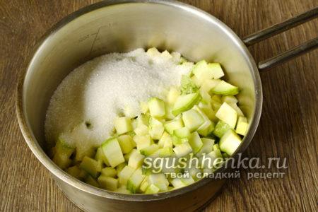 кабачки засыпанные сахаром