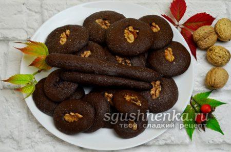 готовое шоколадное печенье