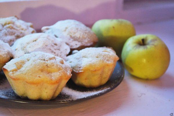 Кексики с яблоками