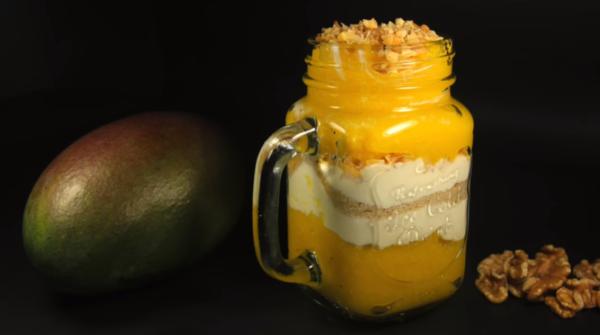 Полезный завтрак из манго