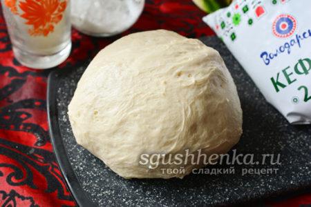 как приготовить дрожжевое тесто на кефире