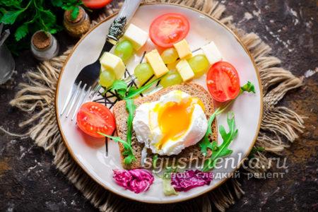 яйцо пашот на завтрак