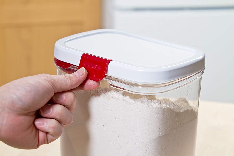 Как хранить муку в домашних условиях, чтобы не завелись жучки