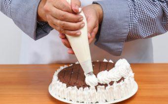 Как украшать торт кондитерским шприцом