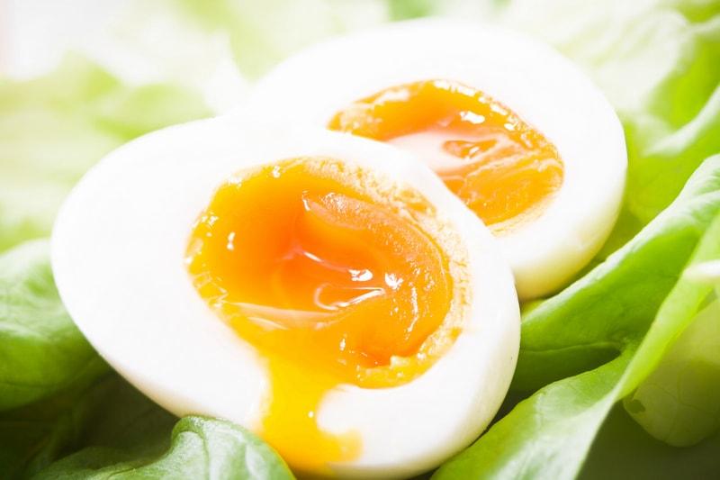 Как сварить яйца всмятку и вкрутую без воды и кастрюли