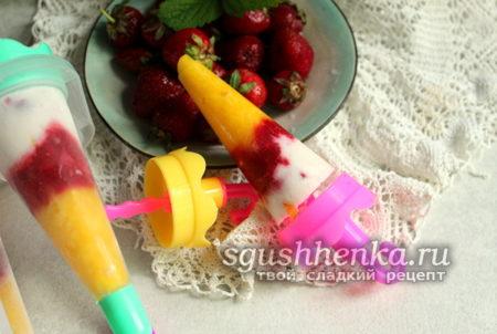мороженое из клубники и манго