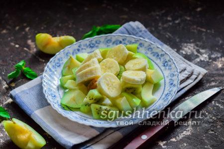 поломать на куски банан