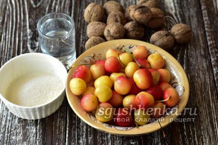 орехи и черешня