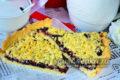 вкусный кучерявый пирог с вареньем на скорую руку