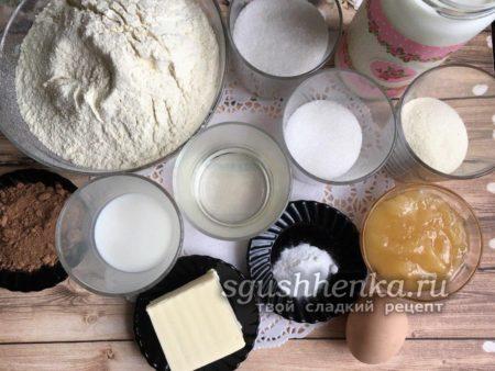 ингредиенты для медового пирожного