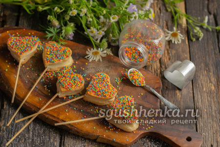 печенье Сердечки на палочке