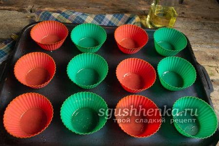 смазать формы растительным маслом