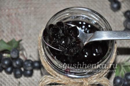полезное варенье из черноплодной рябины
