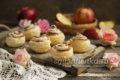 десерт Английская роза из слоеного теста