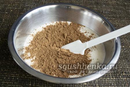 просеять порошок какао