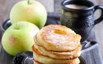 Яблочные оладьи - ТОП -7 рецептов с фото пошагово на сковороде, пышные