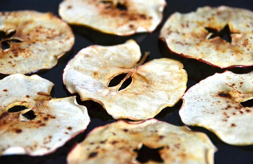 чипсы на сковороде