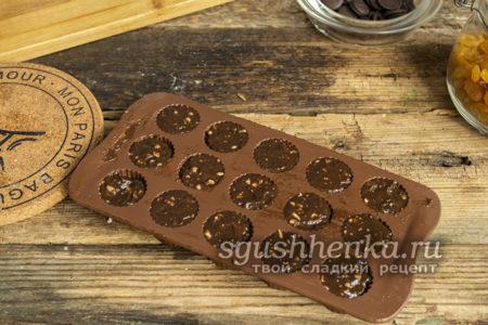 застывшие в форме конфеты