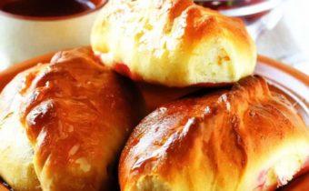 Пирожки с вишней в духовке: пошаговый рецепт с фото