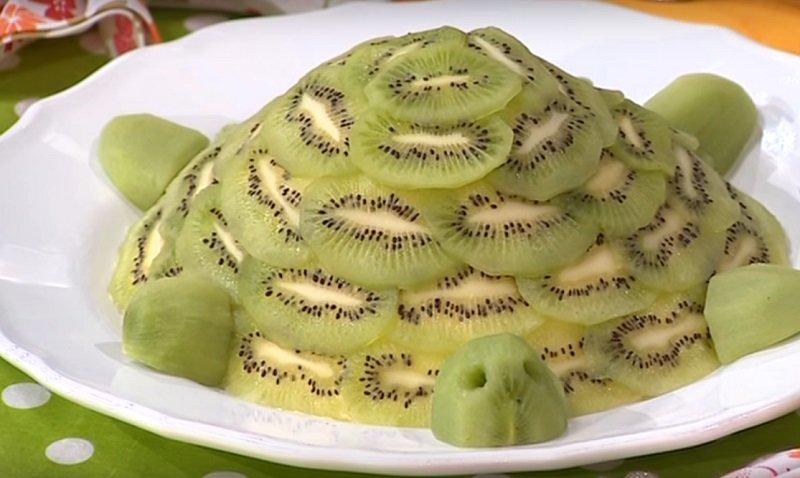 черепаха из фруктов