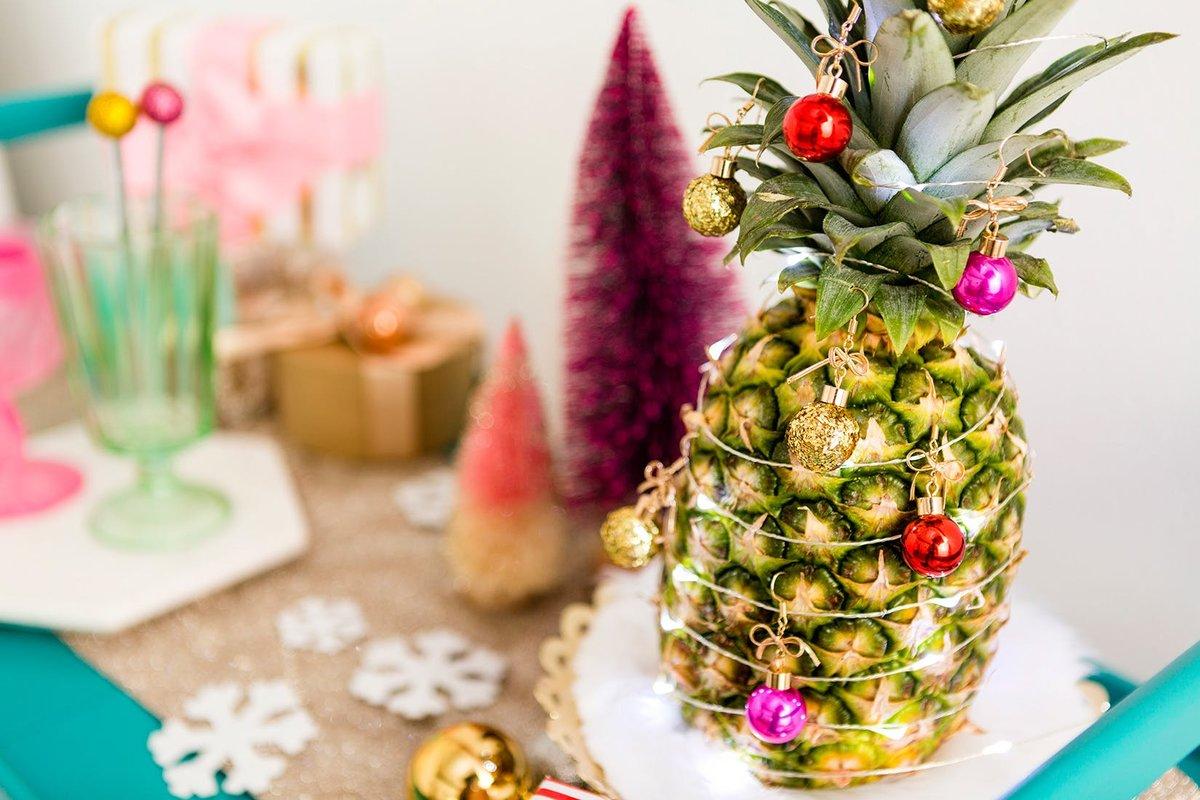 ананас в виде новогодней елки
