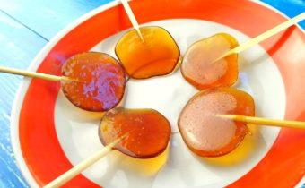 Как сделать домашние леденцы из сахара на палочке и в формочке, рецепты с фото