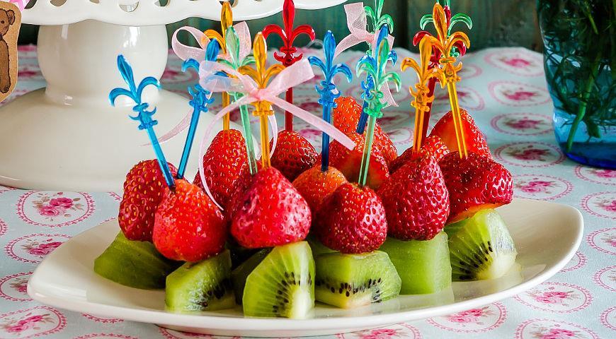 фруктовые канапе на праздничный стол