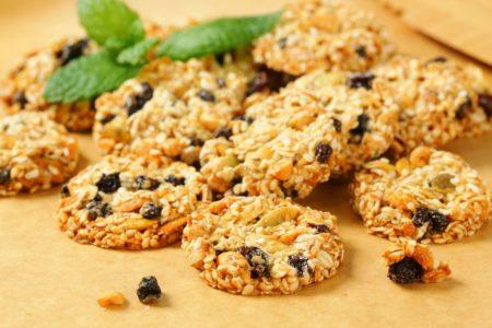Диетическое тыквенно-овсяное печенье с корицей на кефире без яиц - рецепт с фото пошагово