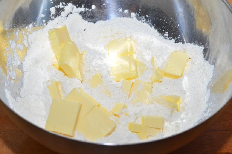 сливочное масло с мукой