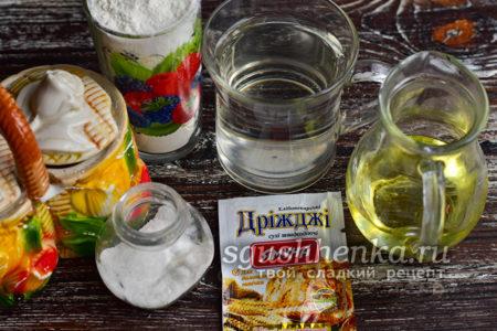ингредиенты для булочек Шишки