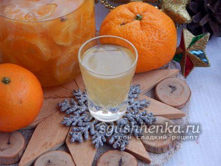крепко-мандариновая настойка