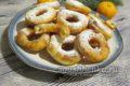Вкусные пончики на молоке и дрожжах на сковороде