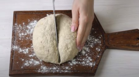 делим тесто